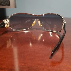CHANEL Accessories - Chanel Flower Sunglasses  style 4164